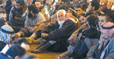 Photo of «داعش» يطالب بالاستسلام والخروج إلى تركيا! …«قسد» تمنع قافلة مساعدات سورية أرسلت إلى هجين