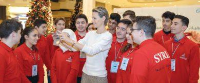 Photo of السيدة أسماء تشارك في جلسات تدريبية لطلاب جدد بالفريق الوطني لـ«الأولمبياد العلمي السوري»
