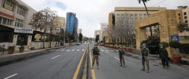Photo of الصين بلا إصابات لليوم الثالث على التوالي … لبنان يعلن أنه دخل مرحلة انتشار فيروس «كورونا».. والأردن يحظر التجول
