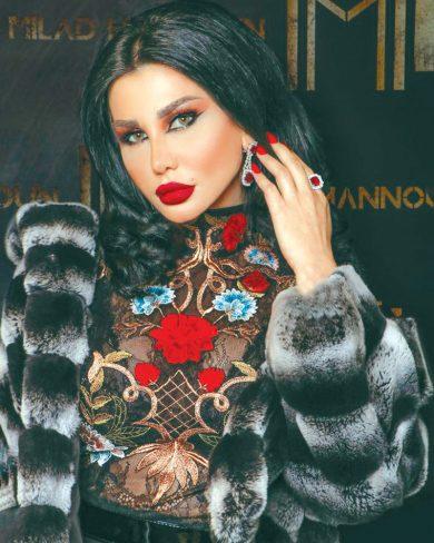 Photo of جيني إسبر في الحجر المنزلي