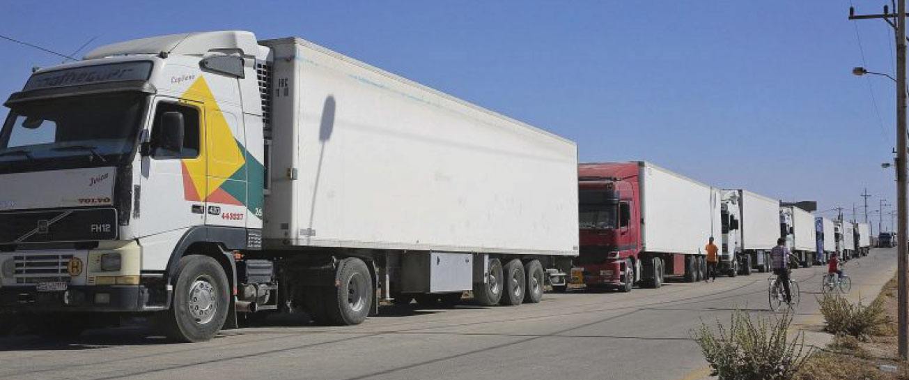 الصادرات السورية عبر «عرعر» بحر الأسبوع القادم … هل سيؤدي إيقاف التصدير عبر الأردن إلى انخفاض أسعار الخضر والفواكه؟